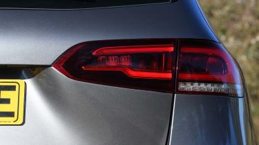 Mercedes b-class rear light