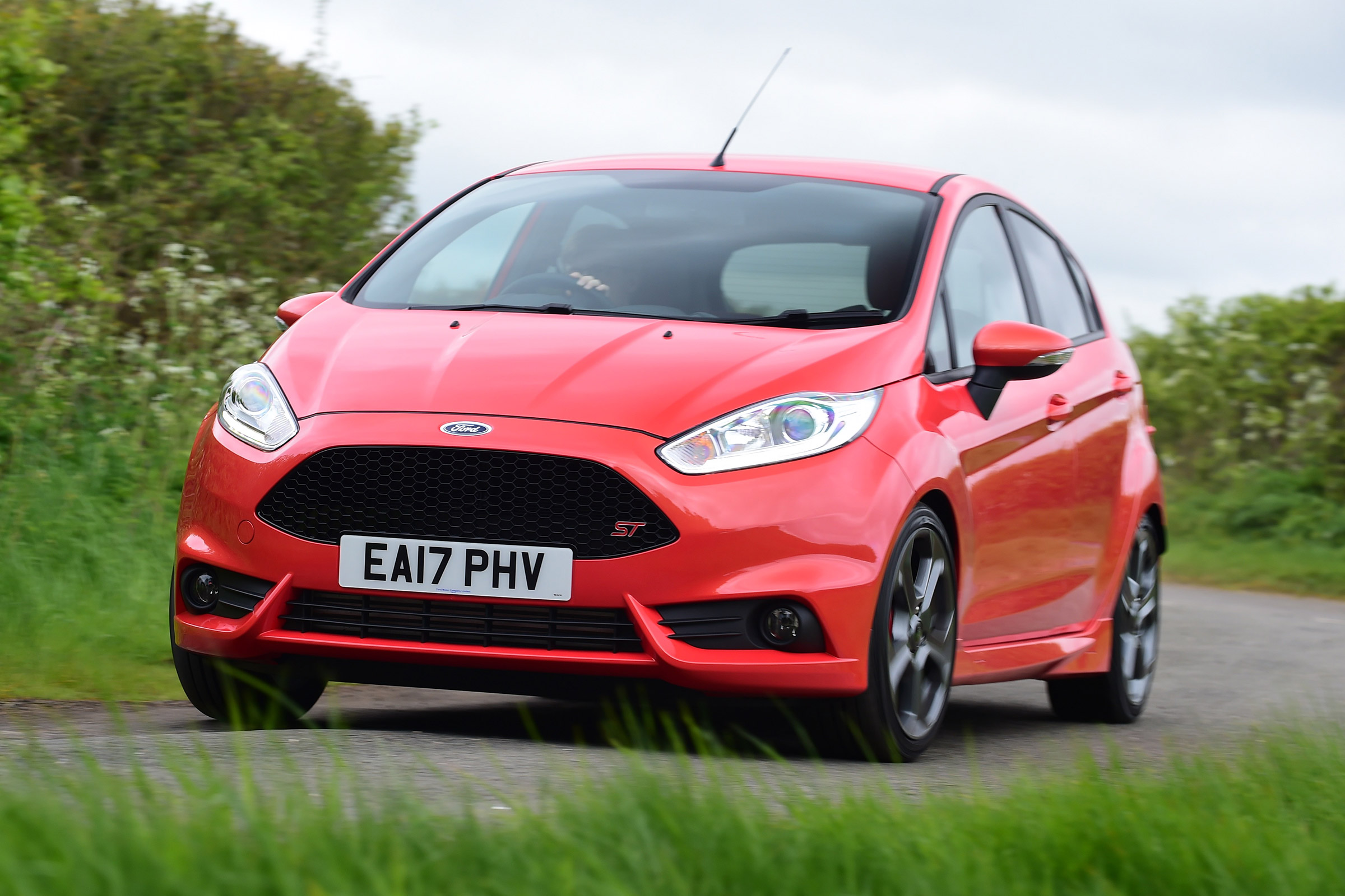 Ford Fiesta St 5 Door Review Auto Express
