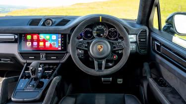 Porsche Cayenne Coupe Turbo GT - dash