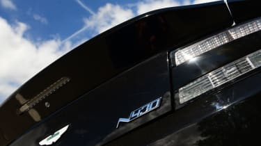 Aston Martin V8 Vantage N430 - interior switches