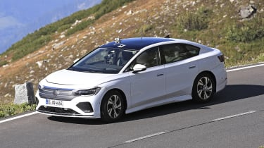 Volkswagen Aero B - front