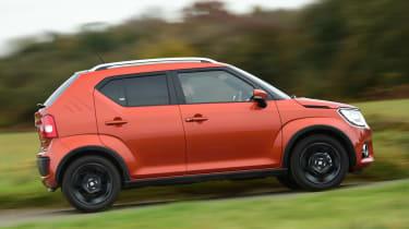 Suzuki Ignis 2016 - side tracking