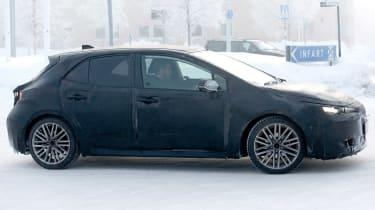 Toyota Auris spy shot 2018