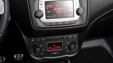 Alfa Romeo Mito Console