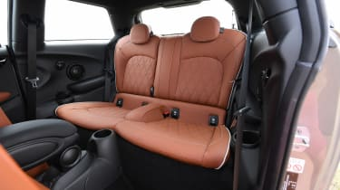 MINI Cooper S - rear seats
