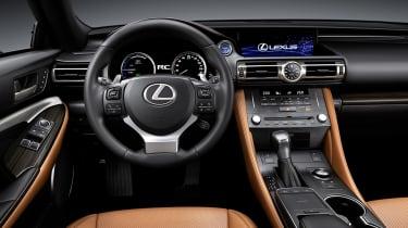 Lexus RC - dash