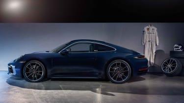 Porsche 911 Belgium Legend Edition - side static