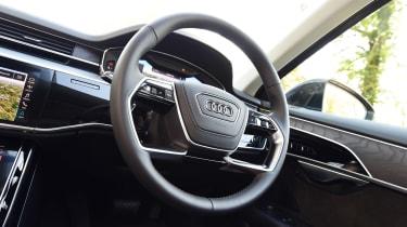 Audi A8 55 TFSI - interior