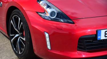 Nissan 370Z GT –front headlight