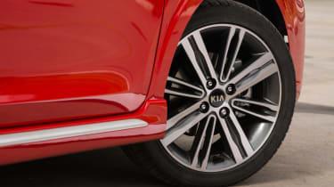 Triple test –Kia Picanto - alloy wheel