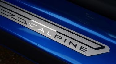 Alpine A110 - sill