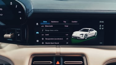 Porsche Taycan - infotainment