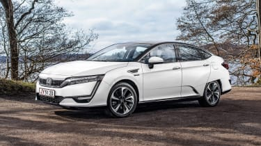 Honda Clarity - front static