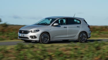 Fiat Tipo - front/side