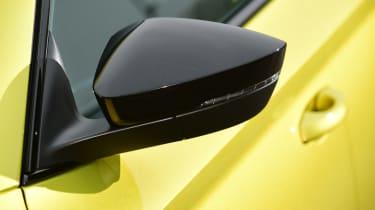 Skoda Superb - wing mirror