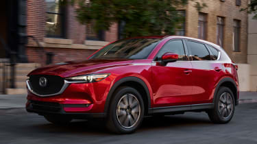 Mazda CX-5 LA Motor Show 2016 - front tracking