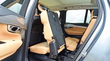 Volvo XC90 - middle row seats