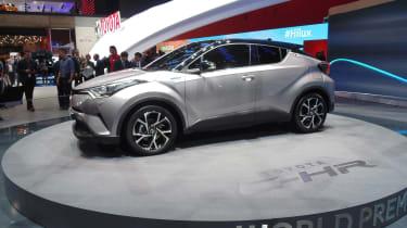 Toyota C-HR - Geneva side profile