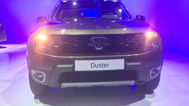 Dacia Duster DCT - Paris front