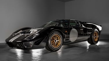 Everrati GT40 - front studio