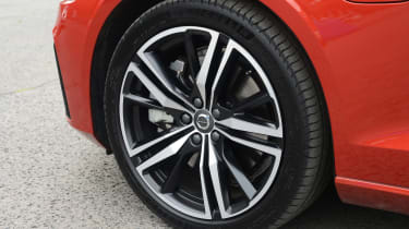 Volvo S60 - wheel