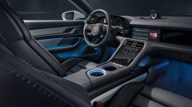 Porsche Taycan Cross Turismo - interior