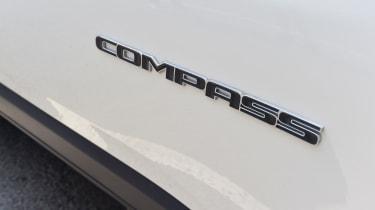 Jeep Compass - badge