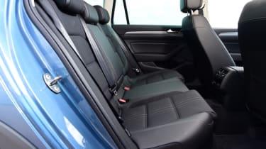 Volkswagen Passat Alltrack - rear bench