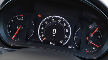Vauxhall Insignia - dials