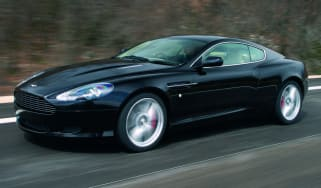 Aston Martin DB9 coupe front tracking