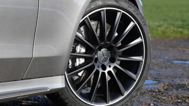 mercedes-amg c 43 coupe alloy wheel
