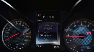 Mercedes-AMG GT C - dials