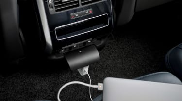 Range Rover Sport - rear charging