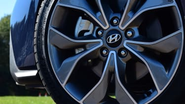 hyundai i30 alloy wheel