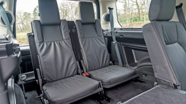 Range Rover Discovery 4 - rear seats