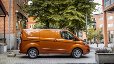 Ford Transit Custom PHEV side