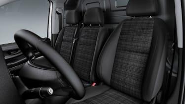 Mercedes Vito van 2015 - front seats