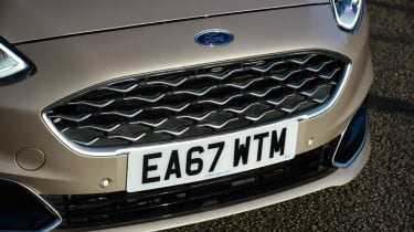 Ford Fiesta Vignale front grille