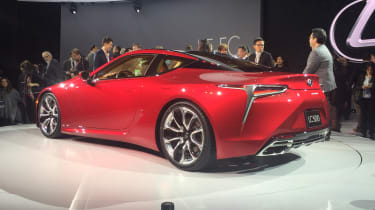 Lexus LC500 - side/rear show