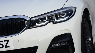 BMW 3 Series - front light