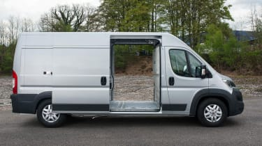 Fiat Ducato 2014 loading bay side