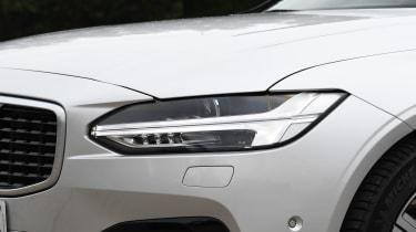 Volvo S90 - Headlight