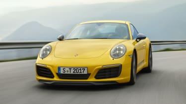 Porsche 911 Carrera T - front action