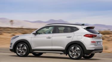Facelifted Hyundai Tucson - side