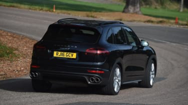 Used Porsche Cayenne - rear cornering