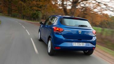 Dacia Sandero 2021 - rear tracking