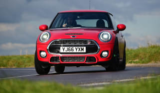MINI Cooper S Works 210 - front