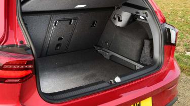 Volkswagen Golf GTI manual - boot