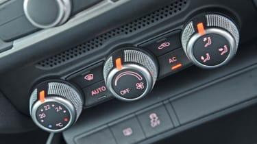 Audi A1 TDI Sport centre console