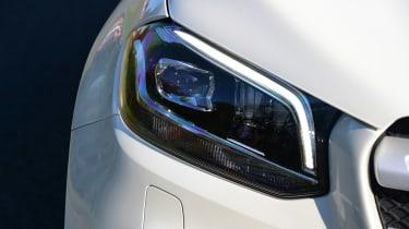 Mercedes X 250 d - front light